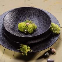 Assiettes noires (plate, creuse, dessert)