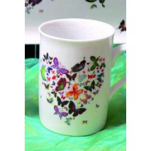 mug anglais et petits papillons